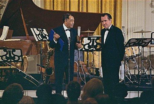 Richard_Nixon_and_Duke_Ellington_1969